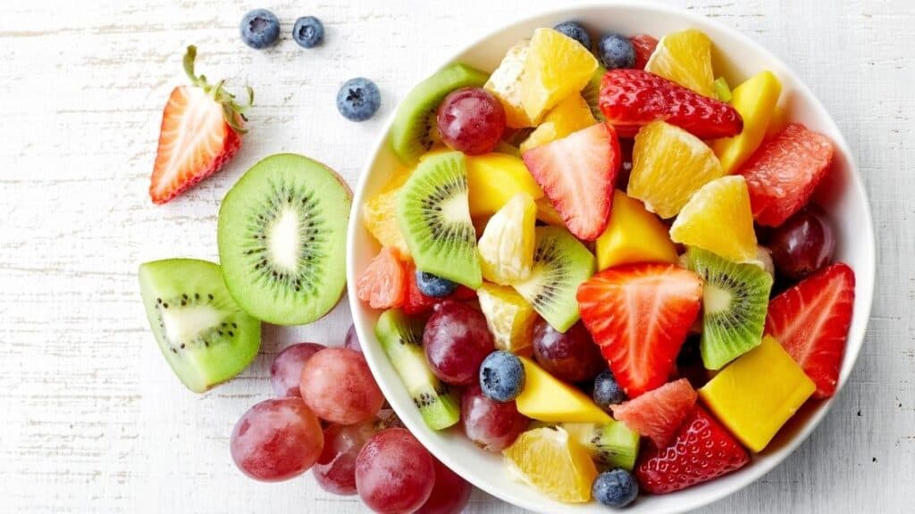 Benefits of Eating Fruit in the Morning