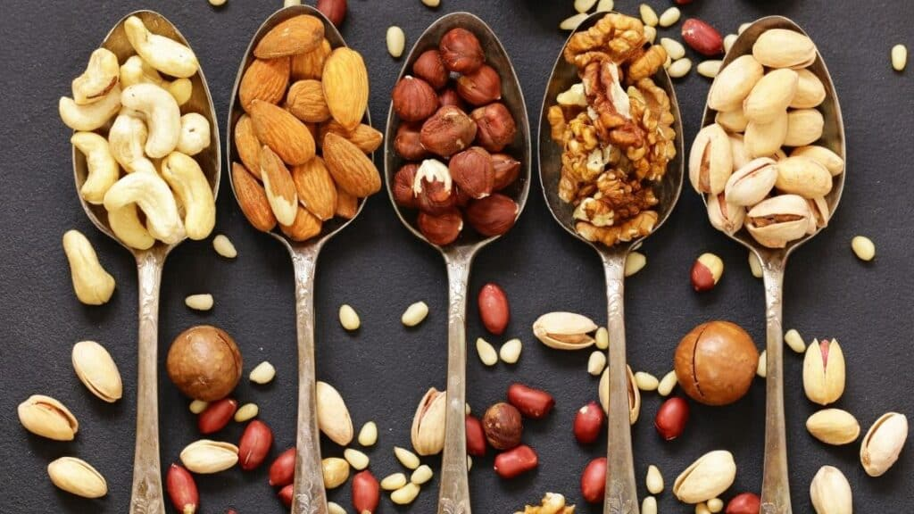 How Many Nuts Can You Eat a Day