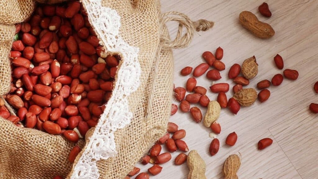 What Nuts Irritate the Bladder