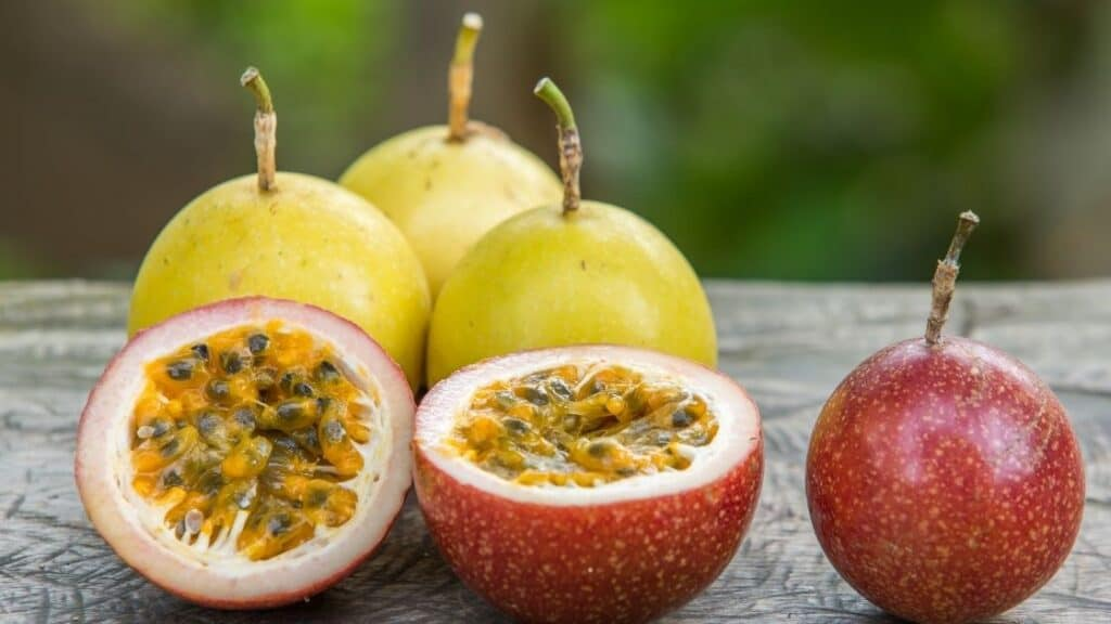 How do you know when passion fruit is ripe