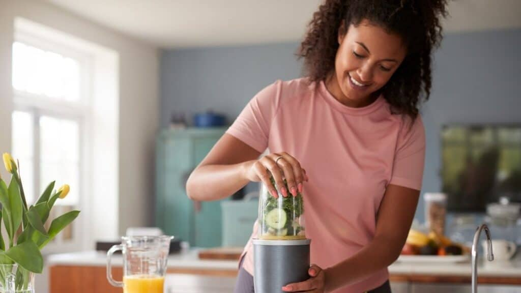 Which Is Better a Juicer or Extractor