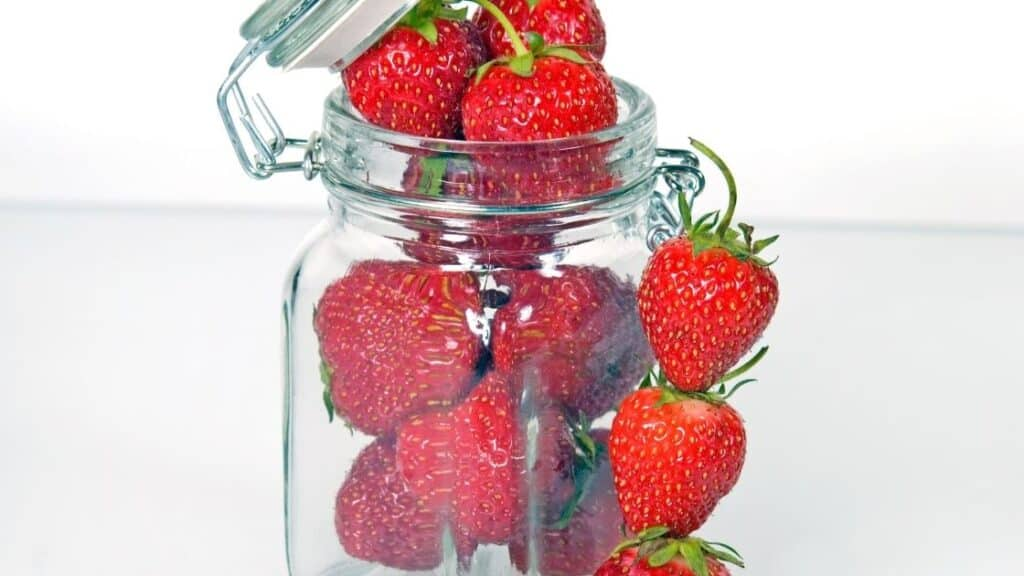 Will Fruit Last Longer in Mason Jars