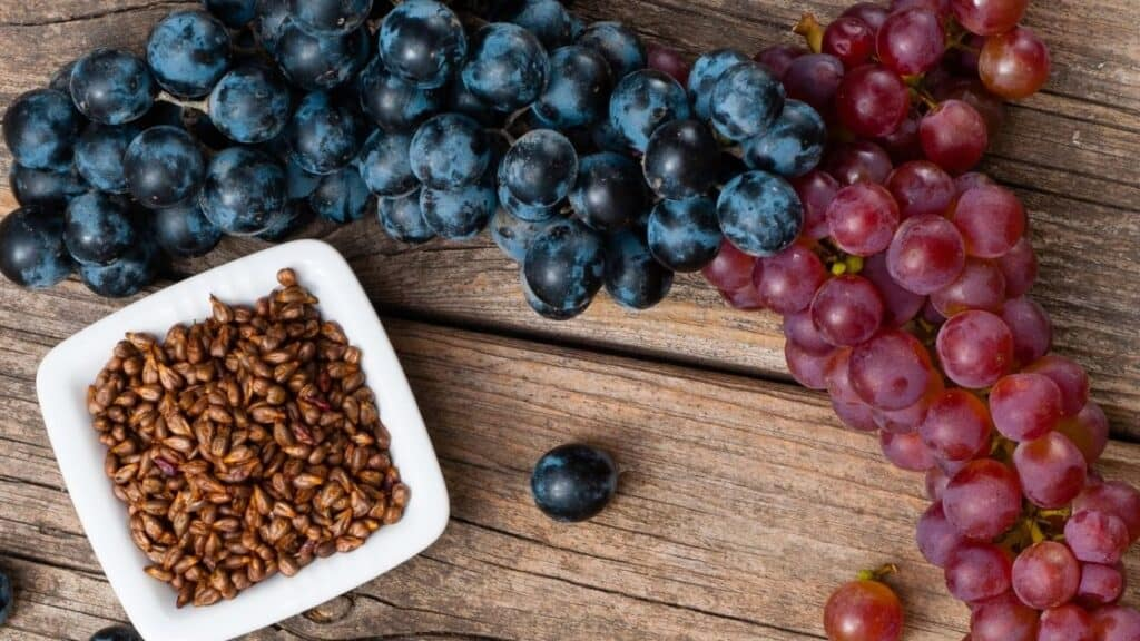 Is there cyanide in grape seeds
