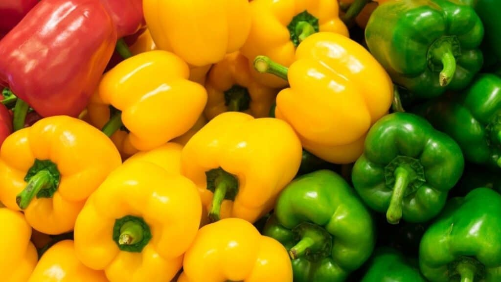Which color bell pepper is the healthiest