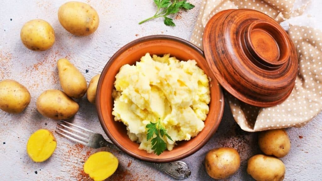 Can You Get Sick from Eating Old Mashed Potatoes