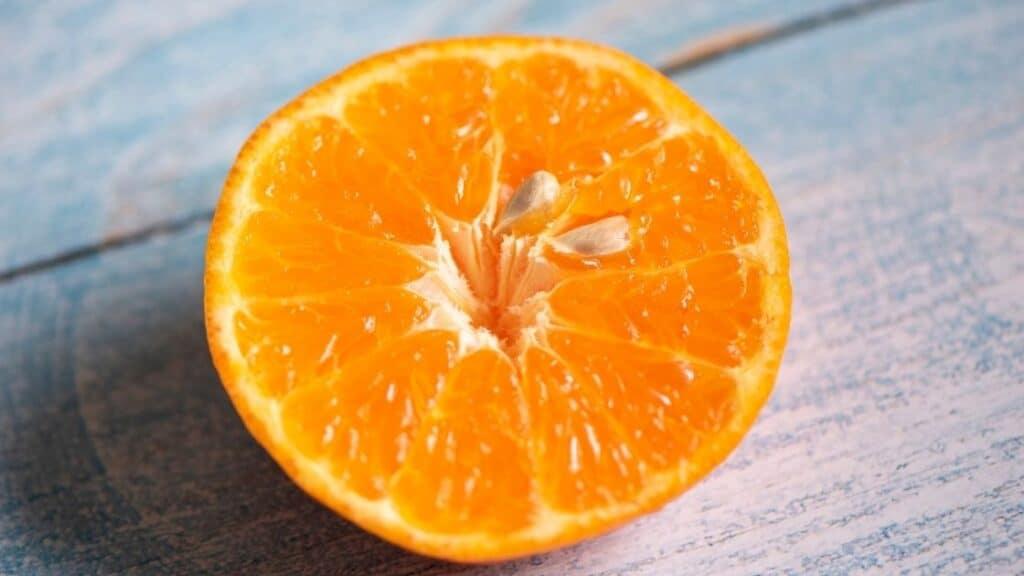 Is It Ok To Eat Orange Seeds