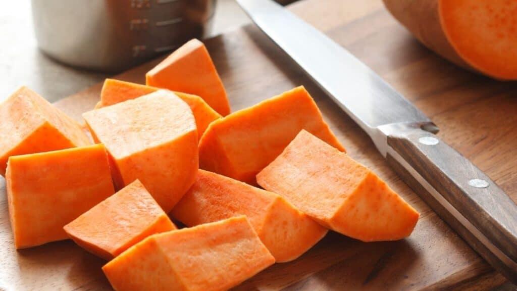 How do you store a cut sweet potato