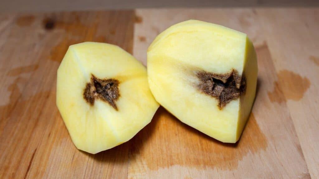 What Does a Rotten Potato Taste like